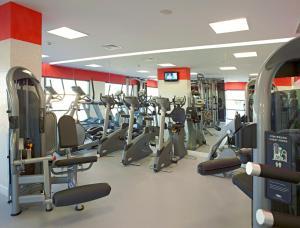 O centro de fitness e/ou as comodidades de fitness de Real Marina Hotel & Spa
