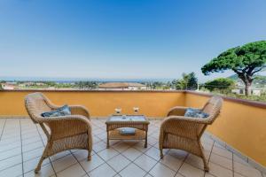 A balcony or terrace at Villa Tina