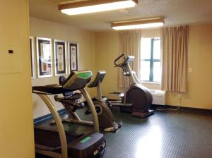 The fitness center and/or fitness facilities at Extended Stay America Suites - Philadelphia - Bensalem