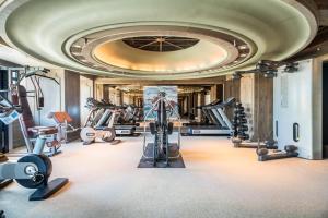 Palais de Chine Hotel健身房和/或健身器材