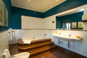 Un baño de Hotel Real Monasterio de San Zoilo