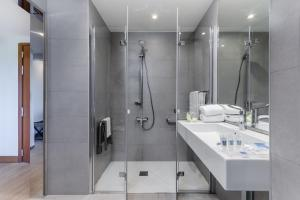 A bathroom at Exe Campus