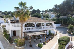 Vista de la piscina de Hotel Los Limoneros o alrededores