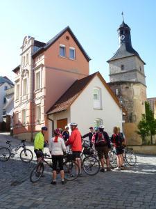 Radfahren an der Unterkunft Hotel Kronprinz oder in der Nähe