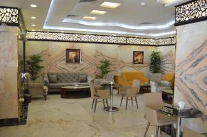O saguão ou recepção de Semac Apartment Hotel