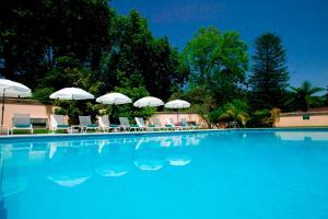 The swimming pool at or close to Casa Velha do Palheiro