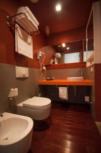 Bagno di iH Hotels Agrigento Kaos Resort