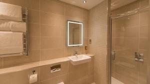 A bathroom at The Park Hotel