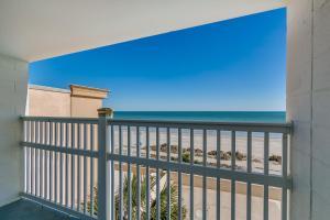 Balcone o terrazza di Beachcomber Inn & Suites