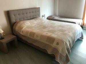 Un ou plusieurs lits dans un hébergement de l'établissement gite du bret
