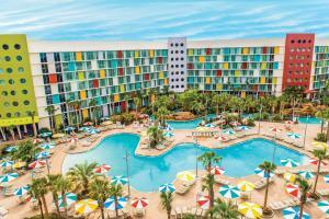 Ein Blick auf den Pool von der Unterkunft Universal's Cabana Bay Beach Resort oder aus der Nähe