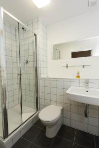 A bathroom at Green Rooms