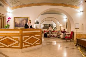 The lobby or reception area at Hotel Canada