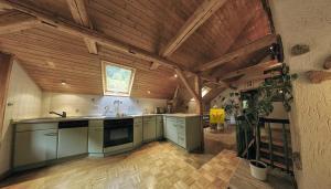 Küche/Küchenzeile in der Unterkunft Gasthaus Koenigsruhe