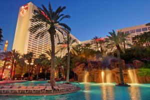 The swimming pool at or near Flamingo Las Vegas Hotel & Casino