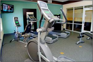 The fitness center and/or fitness facilities at Hampton Inn & Suites San Antonio/Northeast I-35