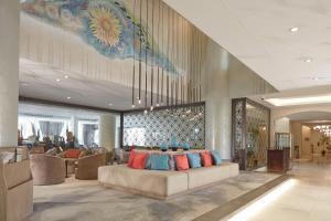O saguão ou recepção de Makarem Annakheel Hotel & Resort