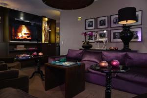 Lounge oder Bar in der Unterkunft Hotel Friends