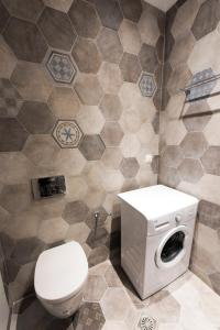 A bathroom at Rose Suites