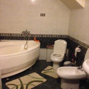 Ванная комната в Country House on Volga