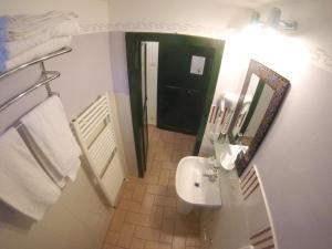 A bathroom at La Casa dei Carrai