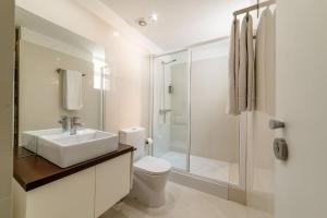 Uma casa de banho em Comercio do Porto by Oporto Tourist Apartments