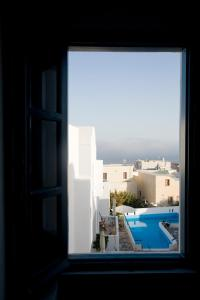 A view of the pool at Oias Sunset or nearby