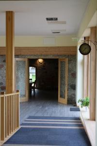 The lobby or reception area at Rēderi