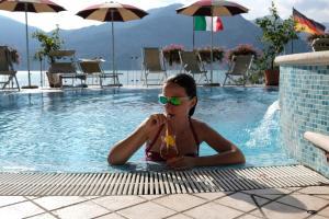 Der Swimmingpool an oder in der Nähe von Hotel Firenze 3 S