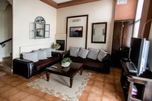 A seating area at Aggelos Hotel