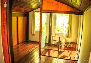 Uma área de estar em Lany Suites