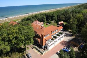 Blick auf Hotel Haus am Meer aus der Vogelperspektive