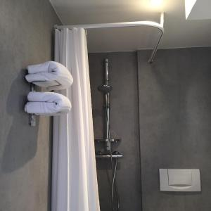 A bathroom at Hotel Le 21ème