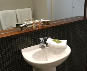 A bathroom at Indulge at Daylesford