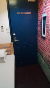 A bathroom at Pearl Guesthouse - 6/F