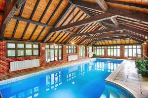 The swimming pool at or close to Felbrigg Lodge