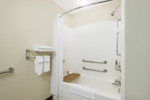 A bathroom at Microtel Inn & Suites by Wyndham