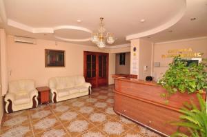 Лобби или стойка регистрации в Elita Hotel