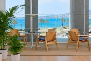 A restaurant or other place to eat at Melia Palma Bay
