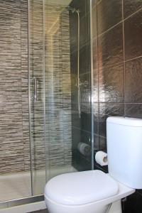 Ein Badezimmer in der Unterkunft D. Duarte I