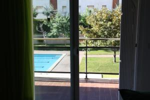 A view of the pool at Apartamento en Familia or nearby