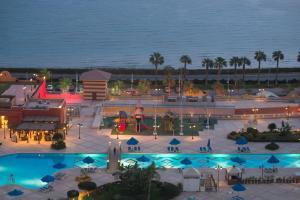 منظر المسبح في فندق  بورتو سخنة او بالجوار