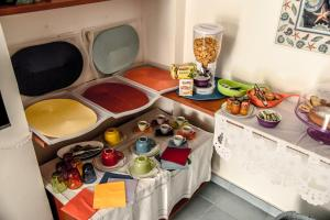 Breakfast options available to guests at 'U Salecaro