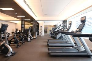 The fitness center and/or fitness facilities at Four Seasons Hotel Houston