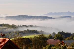 Splošen pogled na gorovje oz. razgled na gore, ki ga ponuja gostišče