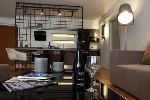 Χώρος καθιστικού στο Elliniko Luxury Residence