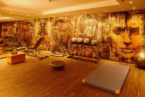 The fitness center and/or fitness facilities at Savoy Hotel