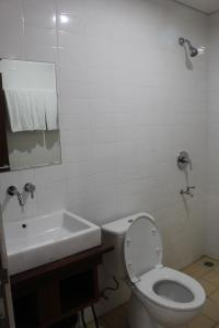 A bathroom at Hotel Bayt Kaboki