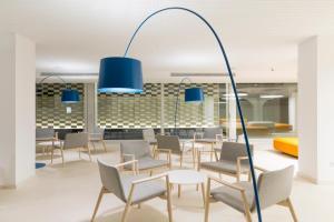 Een restaurant of ander eetgelegenheid bij Ebano Hotel Apartments & Spa