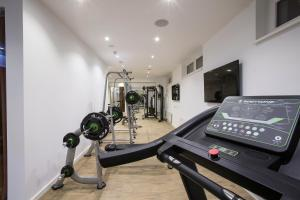 The fitness center and/or fitness facilities at TWO Hotel Berlin by Axel - Adults Only